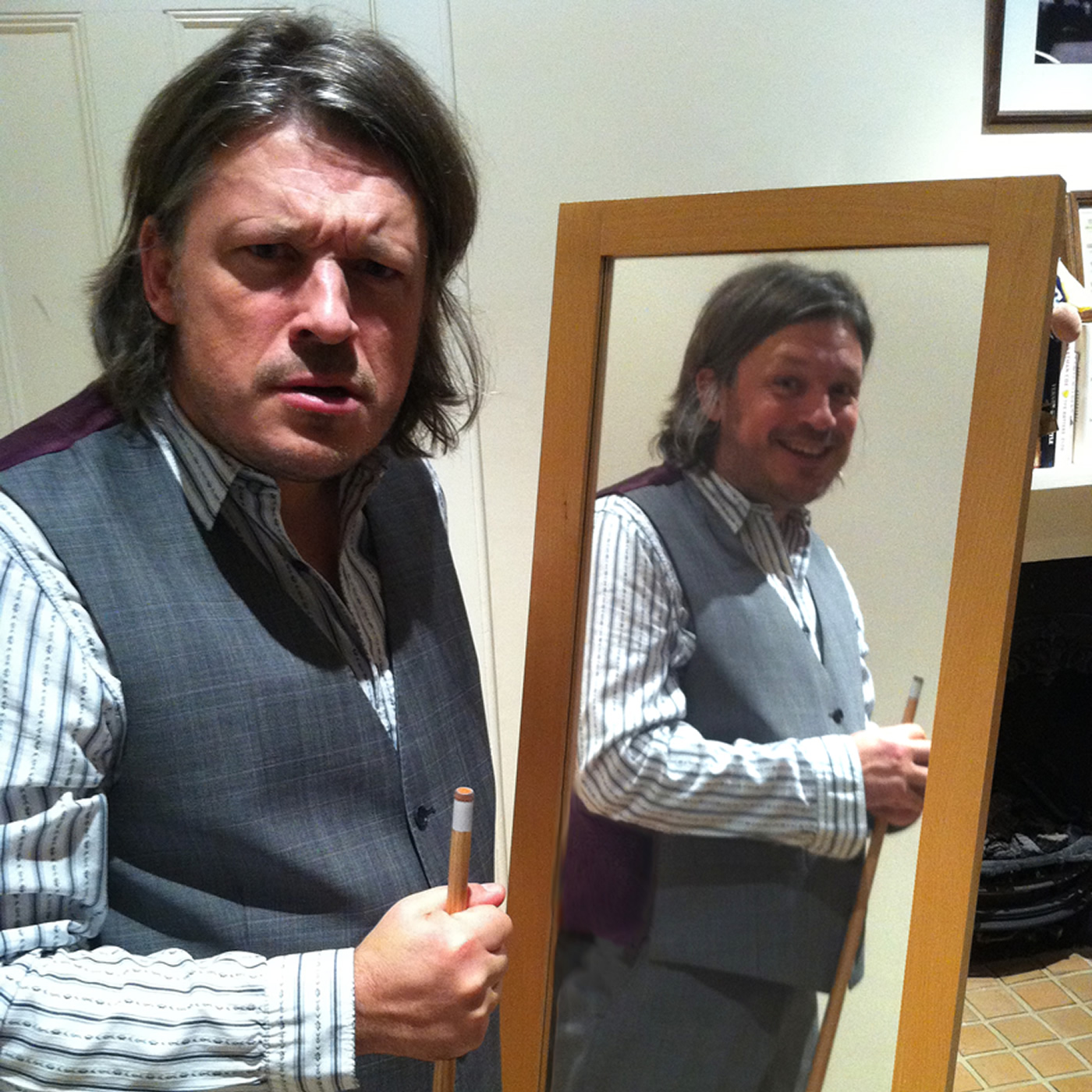 Me1 vs Me2 Snooker with Richard Herring