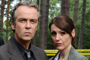 A Touch Of Cloth. Image shows from L to R: Jack Cloth (John Hannah), Anne Oldman (Suranne Jones). Copyright: Zeppotron.