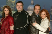 City Lights. Image shows from L to R: Pauline (Sian Reeves), Howie (Mark Benton), Colin (Robson Green), Jackie (Nicola Stephenson). Copyright: Granada Television.