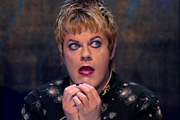 Eddie Izzard: Dress To Kill.
