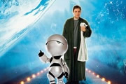 The Hitchhiker's Guide To The Galaxy. Image shows from L to R: Marvin the Paranoid Android, Arthur Dent (Martin Freeman).