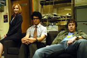 The IT Crowd. Image shows from L to R: Jen (Katherine Parkinson), Moss (Richard Ayoade), Roy (Chris O'Dowd). Copyright: TalkbackThames.