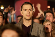 Kill Your Friends. Stelfox (Nicholas Hoult).