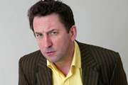 Lee Mack US sitcom re-make