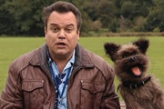 Scoop. Digby Digworth (Shaun Williamson). Image credit: British Broadcasting Corporation.