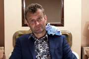 Hugh Dennis blows a billion