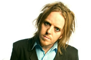 Strings. Jonny (Tim Minchin). Copyright: BBC.