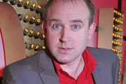 Live At The Apollo. Tim Vine. Copyright: Open Mike Productions.