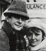 Affairs Of The Heart. Image shows from L to R: Peter Bonamy (Derek Fowlds), Jane Bonamy (Sarah Badel). Image credit: Granada Television.