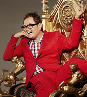 Alan Carr: Chatty Man. Alan Carr. Image credit: Open Mike Productions.