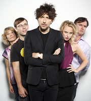 Meet The Parents. Image shows from L to R: Mum (Jane Cunliffe), Brother (Scott Hazell), Alex Zane, Sister (Aisling Jarrett-Gavin), Dad (Richard Brimblecombe). Image credit: Objective Productions.