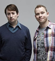 Peep Show. Image shows from L to R: Mark Corrigan (David Mitchell), Jeremy Osborne (Robert Webb). Copyright: Objective Productions.