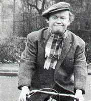 The Worker. Charlie (Charlie Drake). Image credit: Associated Television.