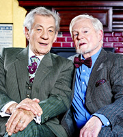 Vicious. Image shows from L to R: Freddie (Ian McKellen), Stuart (Derek Jacobi). Image credit: Brown Eyed Boy.