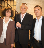 Al Murray's Multiple Personality Disorder. Image shows from L to R: Laura Solon, Al Murray, Duncan Bannatyne. Copyright: Avalon Television.