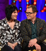 Alan Carr: Chatty Man. Image shows from L to R: Noel Fielding, Alan Carr. Copyright: Open Mike Productions.