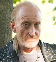 Common Ground. Floyd (Charles Dance). Copyright: Baby Cow Productions.
