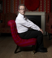 Dave's One Night Stand. Ben Elton. Image credit: Amigo Television.