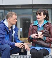 The Delivery Man. Image shows from L to R: Matthew (Darren Boyd), Lisa (Aisling Bea). Copyright: Monicker Pictures.