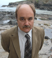 Doc Martin. Mr Strain (David Haig). Copyright: Buffalo Pictures / Homerun Productions.