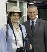 Doc Martin. Image shows from L to R: Beth Traywick (Sigourney Weaver), Dr Martin Ellingham (Martin Clunes). Copyright: Buffalo Pictures / Homerun Productions.