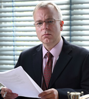 Heading Out. Jonathan Walters (Steve Pemberton). Copyright: Red Production Company / Square Peg TV.