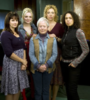 Hope Springs. Image shows from L to R: Hannah Temple (Sian Reeves), Shoo Coggan (Christine Bottomley), Sadie Cairncross (Annette Crosbie), Ellie Lagden (Alex Kingston), Josie Porritt (Vinette Robinson). Copyright: Shed Productions.