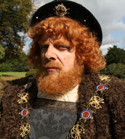 Horrible Histories. Henry VIII (Rowan Atkinson). Copyright: Lion Television / Citrus Television.