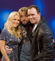 The Justin Lee Collins Show. Image shows from L to R: Melinda Messenger, Justin Lee Collins, Todd Carty. Copyright: Objective Productions.