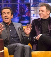 The Jonathan Ross Show. Image shows from L to R: Robert Lindsay, Rufus Hound. Copyright: Hot Sauce / ITV Studios.