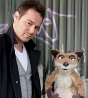 Mongrels. Image shows from L to R: Danny Dyer, Vince. Copyright: BBC.