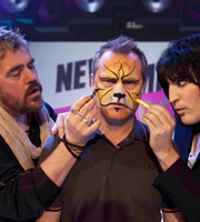 Never Mind The Buzzcocks. Image shows from L to R: Phill Jupitus, Jack Dee, Noel Fielding. Copyright: TalkbackThames / BBC.