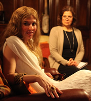 Psychobitches. Image shows from L to R: Helen of Troy (Julia Davis), Therapist (Rebecca Front). Copyright: Tiger Aspect Productions.