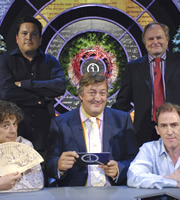 QI. Image shows from L to R: Alan Davies, Dom Joly, Stephen Fry, Clive Anderson, Rob Brydon. Copyright: TalkbackThames.