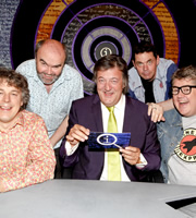 QI. Image shows from L to R: Alan Davies, Andy Hamilton, Stephen Fry, Rich Hall, Phill Jupitus. Copyright: TalkbackThames.