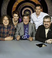 QI. Image shows from L to R: Alan Davies, Cal Wilson, Stephen Fry, Rob Brydon, Phill Jupitus. Copyright: TalkbackThames.