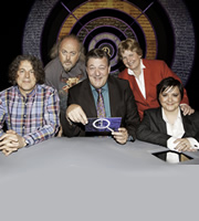 QI. Image shows from L to R: Alan Davies, Bill Bailey, Stephen Fry, Sandi Toksvig, Susan Calman. Copyright: TalkbackThames.