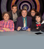 QI. Image shows from L to R: Alan Davies, Colin Lane, Stephen Fry, Ross Noble, Noel Fielding. Copyright: TalkbackThames.