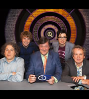 QI. Image shows from L to R: Alan Davies, Josh Widdicombe, Stephen Fry, Sue Perkins, Frank Skinner. Copyright: TalkbackThames.
