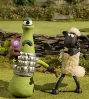 Remote Control Dog >> Shaun The Sheep Series 4, Episode 2 - Caught Short Alien - British Comedy Guide