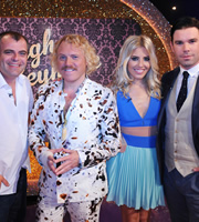 Through The Keyhole. Image shows from L to R: Simon Gregson, Leigh Francis, Mollie King, Dave Berry. Copyright: Talkback.