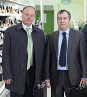 Trollied. Image shows from L to R: Gavin (Jason Watkins), Arnold (Mark Hadfield). Copyright: Roughcut Television.