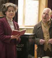 Up The Women. Image shows from L to R: Helen (Rebecca Front), Frank (Adrian Scarborough). Copyright: BBC / Baby Cow Productions.