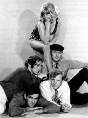 At Last The 1948 Show. Image shows from L to R: Marty Feldman, John Cleese, Aimi MacDonald, Graham Chapman, Tim Brooke-Taylor. Copyright: Rediffusion London.