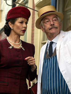 Dad's Army. Image shows from L to R: Rose Winters (Catherine Zeta-Jones), Corporal Jack Jones (Tom Courtenay). Copyright: Universal Pictures / DJ Films.