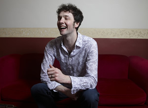 Dave's One Night Stand. Chris Addison. Copyright: Amigo Television / Phil McIntyre Entertainment.