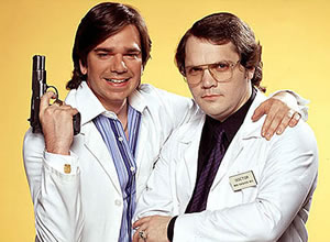 Garth Marenghi's Darkplace. Image shows from L to R: Todd Rivers / Dr. Lucien Sanchez (Matt Berry), Garth Marenghi / Dr. Rick Dagless M.D. (Matthew Holness). Image credit: Avalon Television.