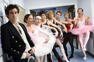Green Wing. Image shows from L to R: Guy Secretan (Stephen Mangan), Sue White (Michelle Gomez), Martin Dear (Karl Theobald), Caroline Todd (Tamsin Greig), Mac Macartney (Julian Rhind-Tutt), Boyce (Oliver Chris), Joanna Clore (Pippa Haywood), Alan Statham (Mark Heap). Copyright: Talkback Productions.