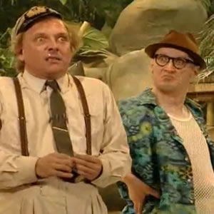 Bottom Live 3: Hooligan's Island. Image shows from L to R: Richie (Rik Mayall), Eddie (Adrian Edmondson).