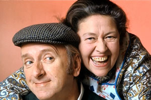 Lollipop Loves Mr. Mole. Image shows from L to R: Reg Robinson (Hugh Lloyd), Maggie Robinson (Peggy Mount). Copyright: Associated Television.